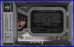 2004 Ultimate Collection Wayne Gretzky AUTO NHL SHIELD PATCH 1/1 BGS 8.5
