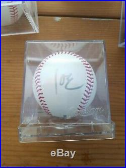 President Barack Obama/VP JOE BIDEN Signed Baseball