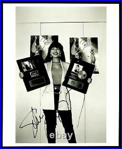 SELENA QUINTANILLA Signed Autographed 8 x 10 Photo BAS not PSA QUEEN OF TEJANO