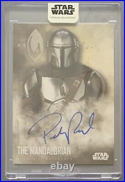 Star Wars Stellar 2020 The MANDALORIAN Pedro Pascal Autograph Base Card #13/40