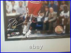 Upper Deck Collectibles Michael Jordan Autographed 8x10 Photo